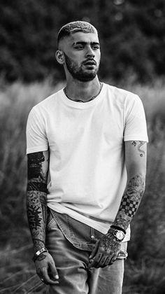 Zayn Malik Photoshoot, Zayn Malik Pics, Zayn Malik Style, Liam Payne, Canciones One Direction, Zany Malik, Black And White Photo Wall, Black And White Aesthetic, One Direction Pictures