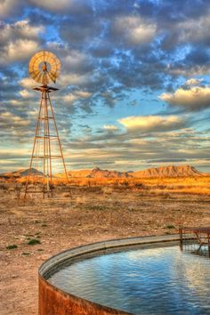 God's Country - Alpine, Texas ~ Photo by. Texas Hill Country, Country Life, West Texas, Country Barns, Country Roads, Agra, Farm Windmill, Windmill Diy, Cool Pictures