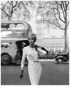 Photo Georges Dambier ~ Lucinda Hollingsworth Londres Big Ben Publicité 1959
