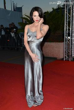 PHOTOS - Asia Argento during the laureates& dinner at the Cannes Film Festival on May Lea Seydoux, Asia Argento, Le Diner, Silver Dress, Celebs, Celebrities, Cannes Film Festival, Girl Crushes, Bellisima