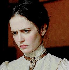 Women In France, Actress Eva Green, Lady Loki, Home For Peculiar Children, Body Picture, Cult, Outlander Tv, Black Families, Face Expressions