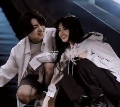 Foto Jungkook, Foto Bts, Taehyung Selca, Lisa Blackpink Wallpaper, Kpop Couples, Blackpink And Bts, Film Aesthetic, Blackpink Lisa, Baekhyun