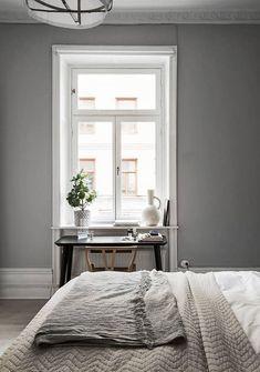 Grey - via coco lapine design cozy bedroom, stylish bedroom, bedroom decor, Minimalist Bedroom, Minimalist Home, Modern Bedroom, Stylish Bedroom, Interior Simple, Home Interior, Interior Design, Modern Interior, Cozy Bedroom