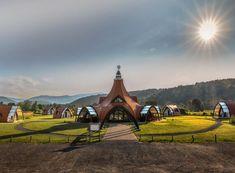 Romania Travel, Tourist Places, Futurism, Centre, Places To Visit, Tower, Spaces, Building, House