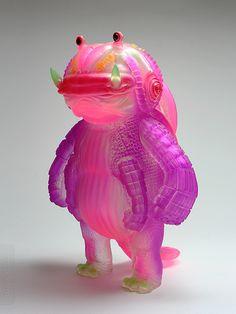 Kaiju morado. The skin