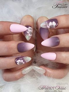 I like the ombré colors of trend 2018 nail polishBeautiful colors of nail polish trend sandal in stiletto heels in beige and bright… Stiletto Heels are perfect for making your evening perfect When it comes to dressing up in a sex - # Fancy Nails, Trendy Nails, Cute Nails, Hair And Nails, My Nails, Nagellack Design, Uñas Fashion, Fall Nail Colors, Nagel Gel