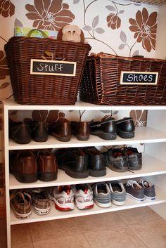 "part of home IHeart Organisation: April Challenge: Projekt ""Purge"" Schuhe Natural beauty t Kitchen Post, Kitchen Pantry, Space Kitchen, Kitchen Decor, Shoe Storage, Storage Baskets, Storage Ideas, Shoe Racks, Storage Solutions"