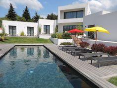 La bastide de roucas place to stay in marseille - Chambre d hote montrond les bains ...