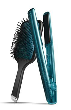 styler ghd V Jewel esmeralda con cepillo ghd paddle a juego Ghd Styler, Hair Styler, Good Hair Day, Great Hair, Ghd Hair Straightener, V Hair, Morning Hair, Long Lasting Curls, Good Excuses