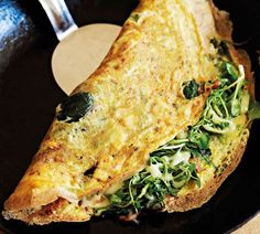 Breakfast for Champions for Tuesday morning! Annabel Langbein - Fresh Herb Omelette - Best Omlette Ever! Cooking Tv, Cooking Light, Cooking Recipes, Primal Recipes, Healthy Recipes, Easy Recipes, Paleo Breakfast, Breakfast Recipes, Breakfast Ideas