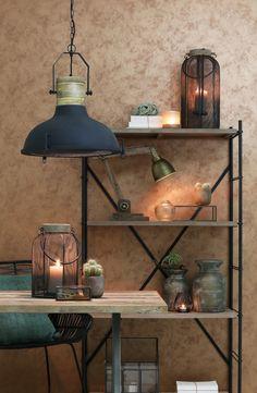 Light & Living spezialisiert sich seit 40 Jahren auf Beleuchtung und Accessoires. Die Auswahl an Leuchten im Industrial-Stil ist besonders groß.