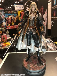 Alucard Statue First 4 Figures New York Comic Con 2017