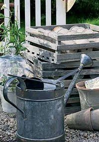 ❤ Tin watering can and clay pots...what could be more wonderful?