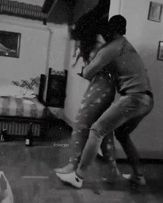 Romantic Couple Kissing, Cute Couples Kissing, Cute Couples Photos, Cute Couples Goals, Romantic Couples, Love Cartoon Couple, Cute Love Couple, Cute Couple Videos, Cute Couple Pictures