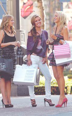 Audrina Patridge, Lo Bosworth and Stephanie Pratt #shopping