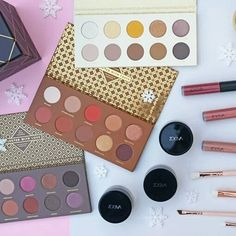 Christmas Gifting With Zoeva  @tsncblog  . . #bbloggers #fbloggers #lbloggers #beauty #makeup #makeupaddict #makeupjunkie #instadaily #instapic #instamakeup #instabeauty #instalike #instamood #luxurylife #flashesofdelight #thatsdarling #blogsociety #flatlay #colourful #colours #zoeva