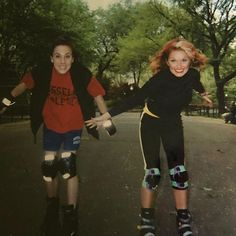 Geri Halliwell, Foo Fighters, Spice Girls, Celebs, Celebrities, Spice Things Up, Girl Crushes, Victoria Beckham, Pop Culture