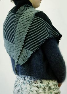 The Perfect Finch Shawl – LoopKnitlounge