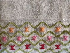 Imagen relacionada Embroidery Sampler, Hardanger Embroidery, Types Of Embroidery, Embroidery Stitches, Embroidery Patterns, Hand Embroidery, Cross Patterns, Doll Patterns, Bookmark Craft