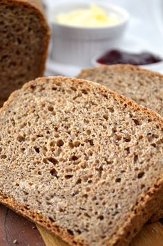 5-Ingredient Whole Wheat Flaxseed Bread  Sounds like a good, healthy bread