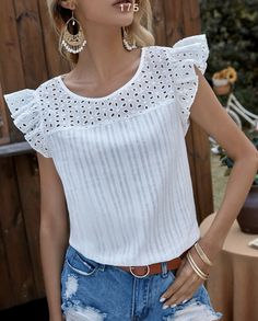 Cute Blouses, Blouses For Women, Formal Tops, Blouse Designs, Casual Looks, Crop Tops, Tank Tops, Fashion Dresses, Fashion Looks