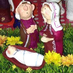 #xmas#meinachten#weihnachten#advent#josefundmaria#jesus#jesuskind#baby#vater#mutter#eltern#familie#geburtstag#geburt#joy#freude#krippe#stall#deco#december#homedecor#homedesign#ceramics#keramik#interior#einrichten#stilllife#living#schöneewohnen#design