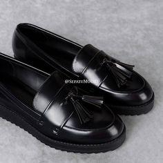 #Sepatu #Casual #Kulit #Wanita Ndundun 2nd View by #SMO Pre order  BBM: 573546F4 WA: 0812879808081  #SepatuKulit #SepatuCasual #SepatuCewek #SepatuMurah #CasualShoes #KulitCasual #SepatuCasualCewek #SepatuCustom #LeatherCraft #KulitAsli #Shoes #WomenShoes #LeatherShoes #Etsy #HandMade #CustomShoes #SepatuMooID