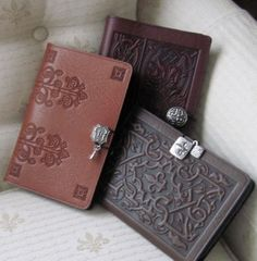 Journal designs are the first thing we look for when choosing a new one to write in. These ten journal designs will get your writing muscles moving tonight! Journal Notebook, Journal Pages, Cute Journals, Blank Book, Journal Design, Handmade Books, Pen And Paper, Leather Journal, Book Binding