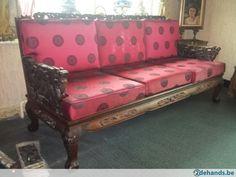Authentieke keizerlijke Chinese salon met rozenhout snijwerk