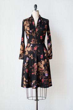 vintage 1970s black leaf floral print dress
