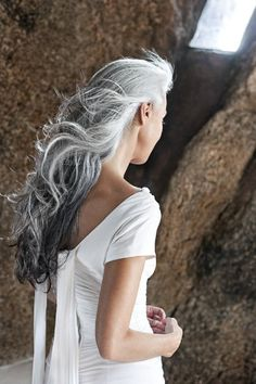 When I go grey...I want to look like this.