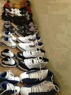 Theo and Niall's shoes They are more organized than me!!!