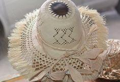 Rito (Pandana Hat) made by Tarani's Crafts & Pearls, Downtown Avarua, Rarotonga Hawaiian Crafts, Polynesian Designs, Weaving Patterns, Hat Making, Island Life, Awesome Stuff, Macrame, Dreams, Pearls