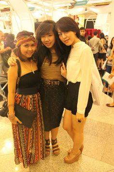 me and my friends in #INDONESIAFASHIONWEEK2012 #IFW2012