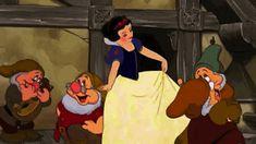 Disney Quiz: Who Am I? Quiz Disney, Film Disney, Disney Love, Disney Magic, Aladdin, Snow White Movie, Wonderland, Classic Disney Movies, Disney Princess Quotes