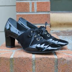 Vintage 60's Chunky Heel Oxford Lace ups by GoodTimesMarket, $32.00