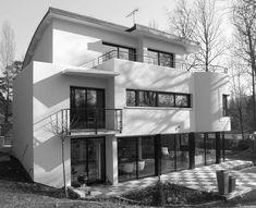 #Edificios #Moderno #Balcon #Exterior #Jardín #Puertas #Fachada #Vidrio #Barandillas #Plantas #Arboles #Ventanas