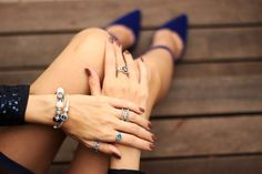 FashionCoolture - 12.11.2015 look du jour Pandora jewelry navy blue sequined jacket (6)