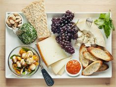 cheese platter >> would love to eat this right now with a GIANT glass of wine!