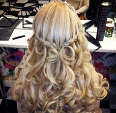 Beautiful bridal curls prom hairstyles