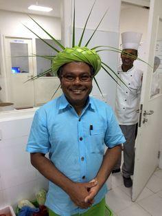 AaaVee - palm crown Maldives, Palm, Button Down Shirt, Men Casual, Crown, Mens Tops, Shirts, The Maldives, Dress Shirt