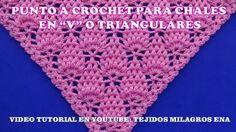 Punto para chal triangular, en V o en punta a crochet paso a paso con puntos garbanzos // ЛЮБОВЬ СИДОРЕНКО Crochet Lacy Scarf, Crochet Triangle, Crochet Scarves, Crochet Clothes, Crochet Stitches, Knitting Socks, Baby Knitting, Crochet Designs, Crochet Patterns