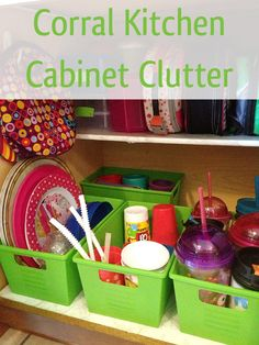 Corral Kitchen Cabinet Clutter with this fabulous fifteen minute organizing fix! Now this is way better than what I have going on right now! Diy Organisation, Household Organization, Kitchen Cabinet Organization, Kitchen Organization, Storage Organization, Kitchen Cabinets, Organizing Ideas, Organized Kitchen, Kitchen Storage