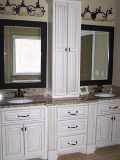 furniture-interior-bathroom-white-kitchen-cabinets-custom-bathroom-thomasville-bathroom-vanities-vanities-white-painted-design-with-vessel-black-faucets-and-wooden-framed-wall-mirrors-plus-lights-bat-1138x1517.jpg (1138×1517)