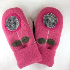 Recycled Wool Sweater Mittens Women's Medium Rose by OldWoolNew, $30.00
