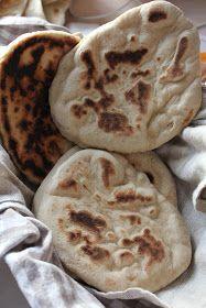 Naan brød som min indiske ven PP bager dem.         DEJ TIL INDISKE NAAN BRØD     25 g gær   2 dl. lunkent/varmt vand eller...