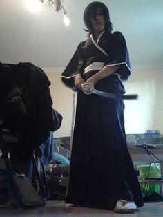 La cosplayeuse d'un jour Aurore en Rukia Kuchiki du manga Bleach.