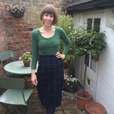 Wearing my Sew Over It ultimate pencil skirt. This was the first adult-sized garment I made! Skirt Sewing, Skirt Patterns Sewing, Sew Over It, Tartan Fabric, Dressmaking, Fashion Ideas, Pencil, Skirts, Summer