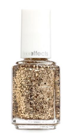 Now Trending: Glittery Gold Nails! http://rstyle.me/n/szpr3n2bn
