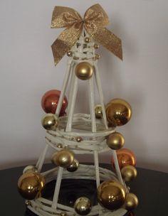 Boże Narodzenie Drzewko Christmas Minis, All Things Christmas, Winter Christmas, Christmas Time, Christmas Crafts, Christmas Decorations, Xmas, Christmas Ornaments, Diy Arts And Crafts